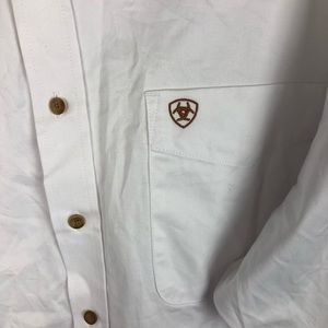 Ariat Shirts - Ariat White Solid Twill Classic Fit Button Down